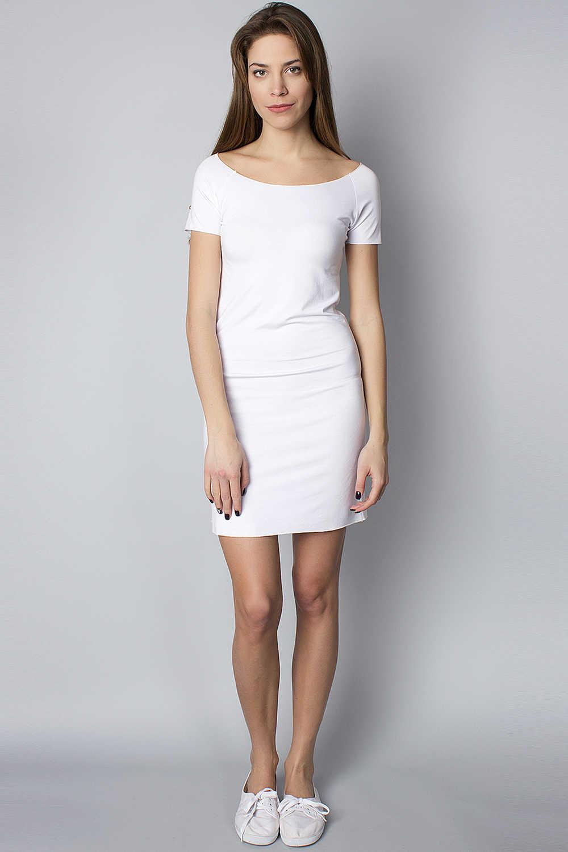 Спортивное белое платье