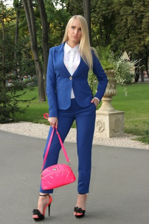 Брючный костюм женский от производителя