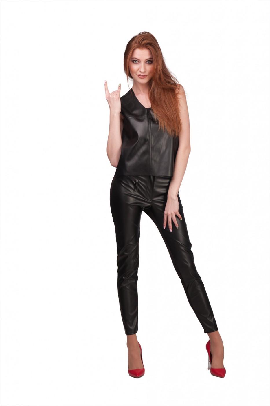 9b6ca5faaef85 Lilo: Комбинированные укороченные черные брюки из экокожи 01998 - фото 1 ...